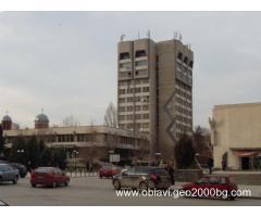 Три етажа от административна сграда в центъра на гр. Горна Оряховица
